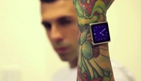 Un tatuador se implanta imanes en la muñeca para llevar su iPod como un reloj