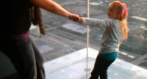 Una madre con un miedo paralizante a las alturas