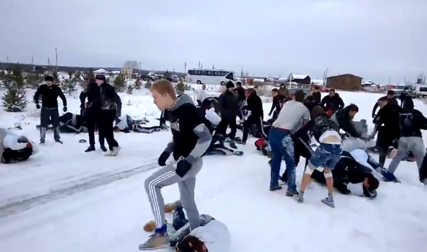 Jul adolescentes rusos dos