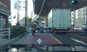 persecucion-policial-bici-japon