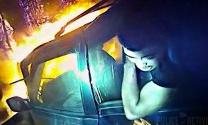 policia-salva-chico-coche-llamas