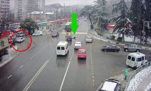 accidente-coche-aparca-solo