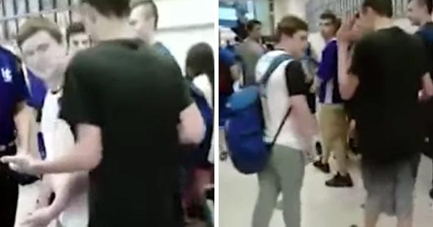Intenta hacer bullying a un chico en los pasillos del instituto y este acaba dejando KO al matón