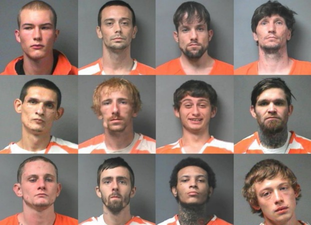 doce presos se fugan carcel alabama utilizando truco mantequilla de cacahuete