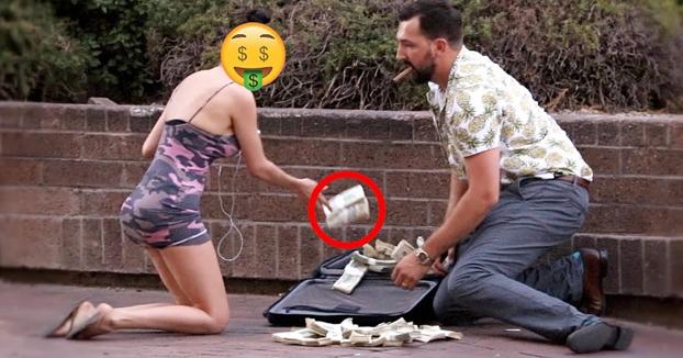 Cámara oculta: ''Vaya, se me ha caído un millón de dólares al suelo''