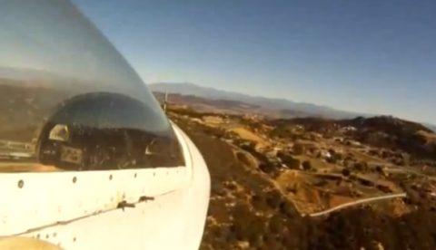 Un piloto necesita hacer un aterrizaje de emergencia