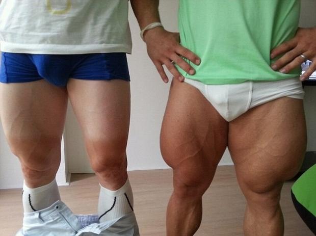 Los cuádriceps super desarrollados del ciclista olímpico Robert Forstemann