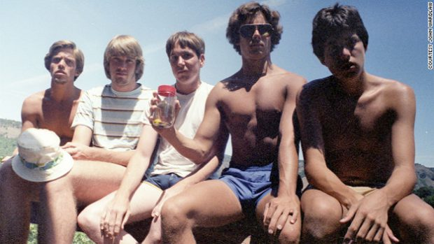 Cinco chicos se toman la misma foto durante 30 años