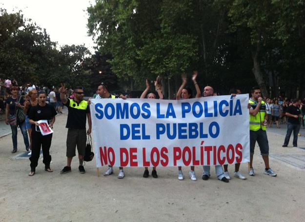 La pancarta más aplaudida de la manifestación del 19J en Madrid