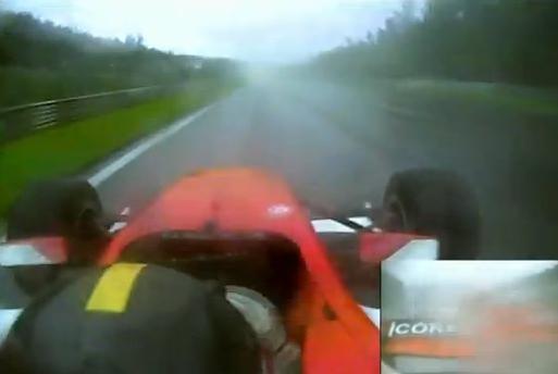 Impresionantes reflejos los del piloto Dino Zamparelli en una carrera de Fórmula 2