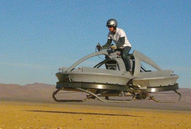 Crean una moto voladora similar a las de Star Wars