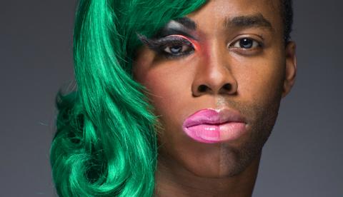 ''Half-Drag'' de Leland Bobbé: Mitad hombre, mitad drag queen