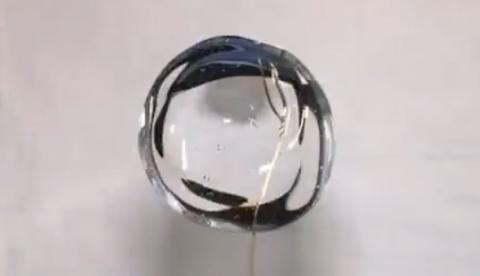 NASA: Experimentos con agua en gravedad cero