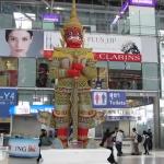 Viajando de Bangkok a Hong Kong en un Airbus a380 en la primera clase de Emirates Airlines