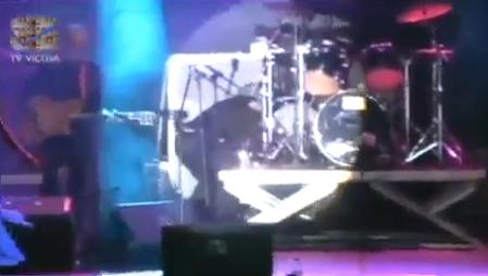 Muere de un infarto el batería del grupo Generation Esmeralda en pleno concierto en Brasil