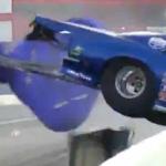 Un cámara acaricia la muerte en una carrera de dragsters