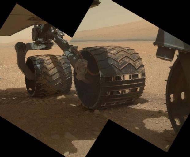 El Curiosity elimina las protecciones de sus cámaras y empieza a hacer fotografías nítidas