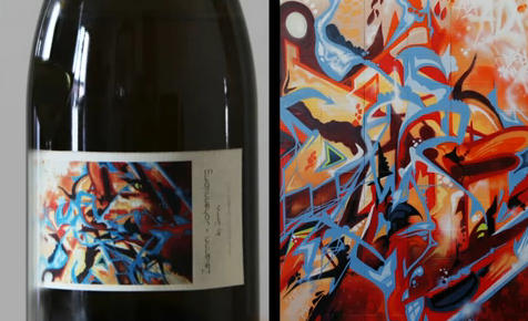 Graffiteros creando etiquetas para las botellas de vino