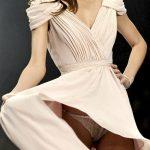 Miranda Kerr enseña sus bragas en un descuido sobre la pasarela