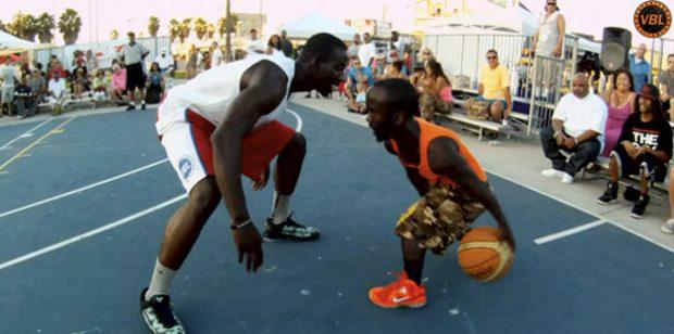 Jamani Swansonv, un hombre de 1.22 m. y todo un crack del baloncesto