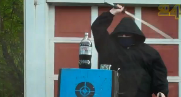 Will Keith, el ninja asesino de botellas de agua
