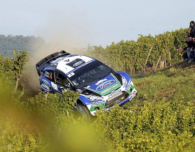 Impresionante accidente de Petter Solberg en el Rally de Francia