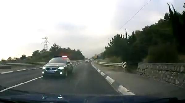 En Ucrania la policía es quien infringe las normas de tráfico