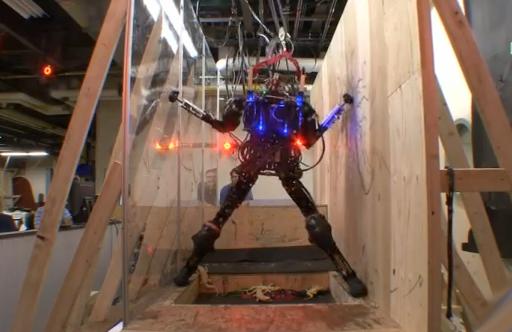 Pet-Proto, el robot humanoide de DARPA que evita obstáculos