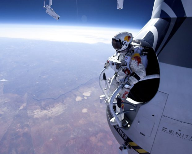 En directo: El salto de Felix Baumgartner a 36.000 metros de altura