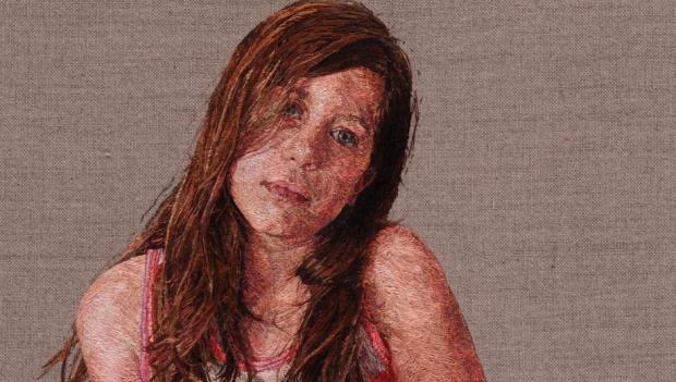 Cayce Zavaglia, impresionantes retratos a base de aguja e hilo