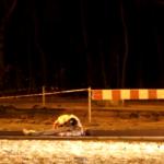 Broma zombie: Conductor asustado intenta escapar y choca