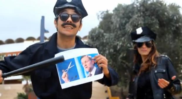 Leña y punto Style (Parodia Gangnam Style)