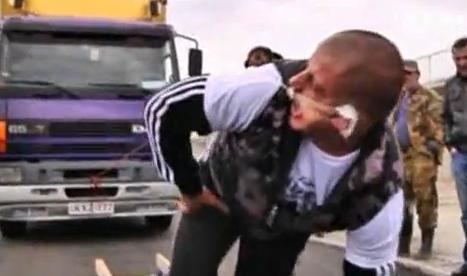 Lasha Pataraya, el hombre que arrastró un camión de 8 toneladas con la oreja