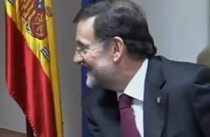 Rajoy hablando en inglés: ''It´s very difficult todo esto''