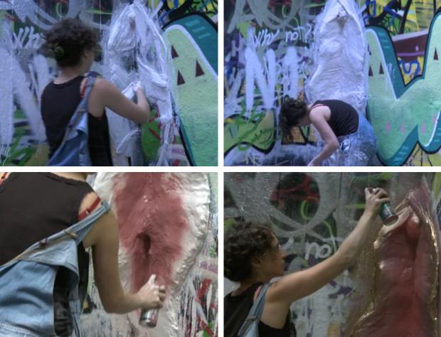 Escultura gigante de una vagina en 3D en la esquina de una pared de Londres