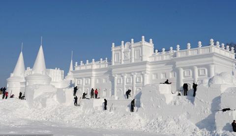 Impresionantes esculturas de hielo en el Festival Mundial de Nieve de China