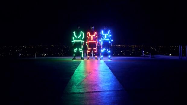 LED Freerunning por las calles de Bangkok