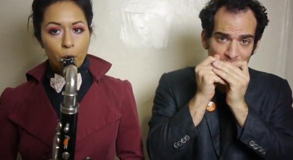 Se hacen famosos por divorciarse en Internet con un videoclip que narra sus problemas personales