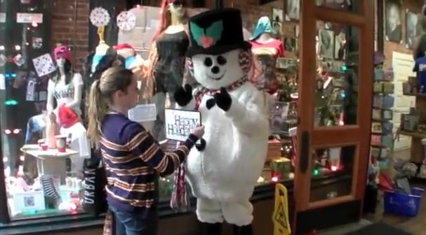 Esta Navidad mucho cuidado con los muñecos de nieve de las tiendas