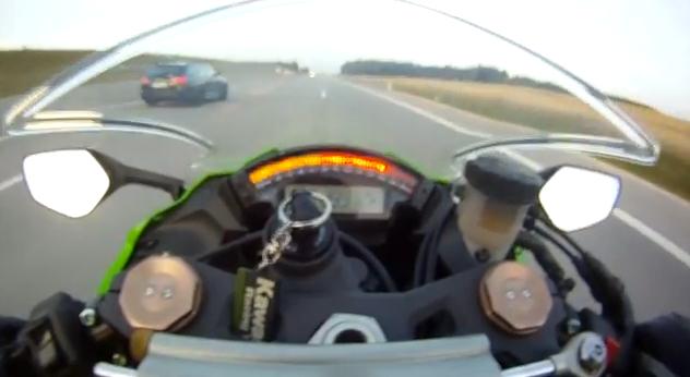 Cuando vas a 299 km/h en moto y te adelanta un Audi RS6 Avant ABT
