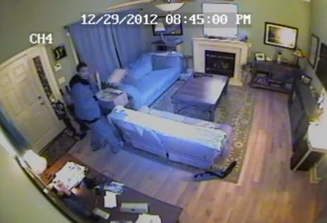 Mira como tres ladrones entraron a robar a mi casa