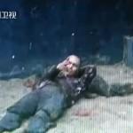 Un hombre mata a mordiscos a un avestruz en un zoológico de China y luego se corta las venas