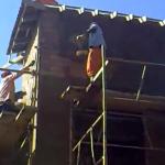 Así colocan el cemento en África