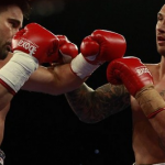 Quade Cooper gana su primer combate como boxeador profesional por KO