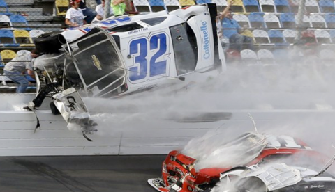 Vídeo del terrible accidente en una carrera de la NASCAR en Daytona