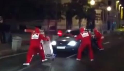 Disfraz de pit stop en los carnavales de Tenerife