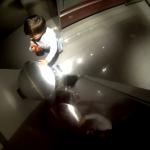 Esto es lo que ocurre cuando mandas a tu hijo a tirar la lata de cerveza a la basura