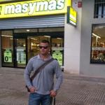 Niegan la entrada en un supermercado al atleta paralímpico David Casinos y a su perro guía