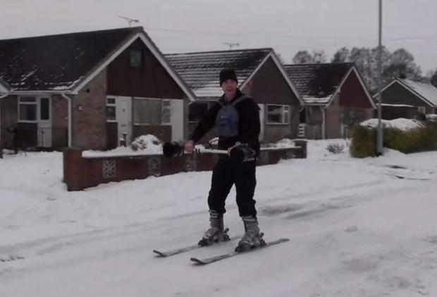 Esquí con motor a reacción