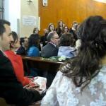 Sorpresa: El coro le canta el himno de la Champions League el día de su boda